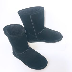 BearPaw Short Black Suede Bootie